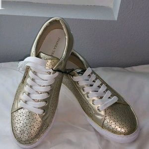 NEW IVANKA TRUMP Sneakers womens lace up size 8M,